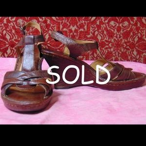BORN Brown leather wedge sandal  6/36.5
